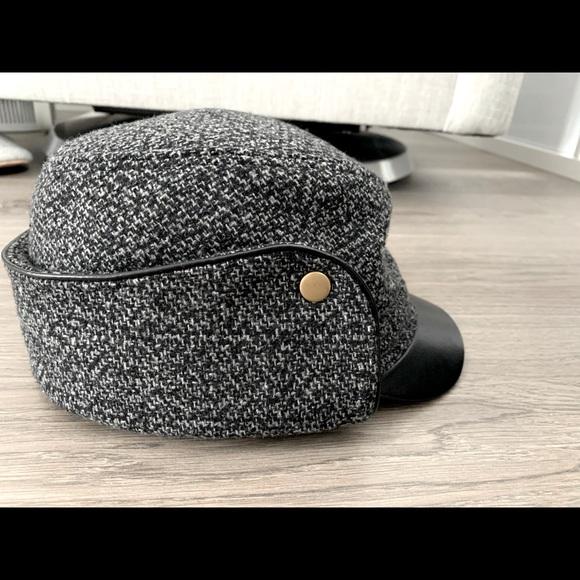 BCBG Baker Boy Cap - Leather & Tweed